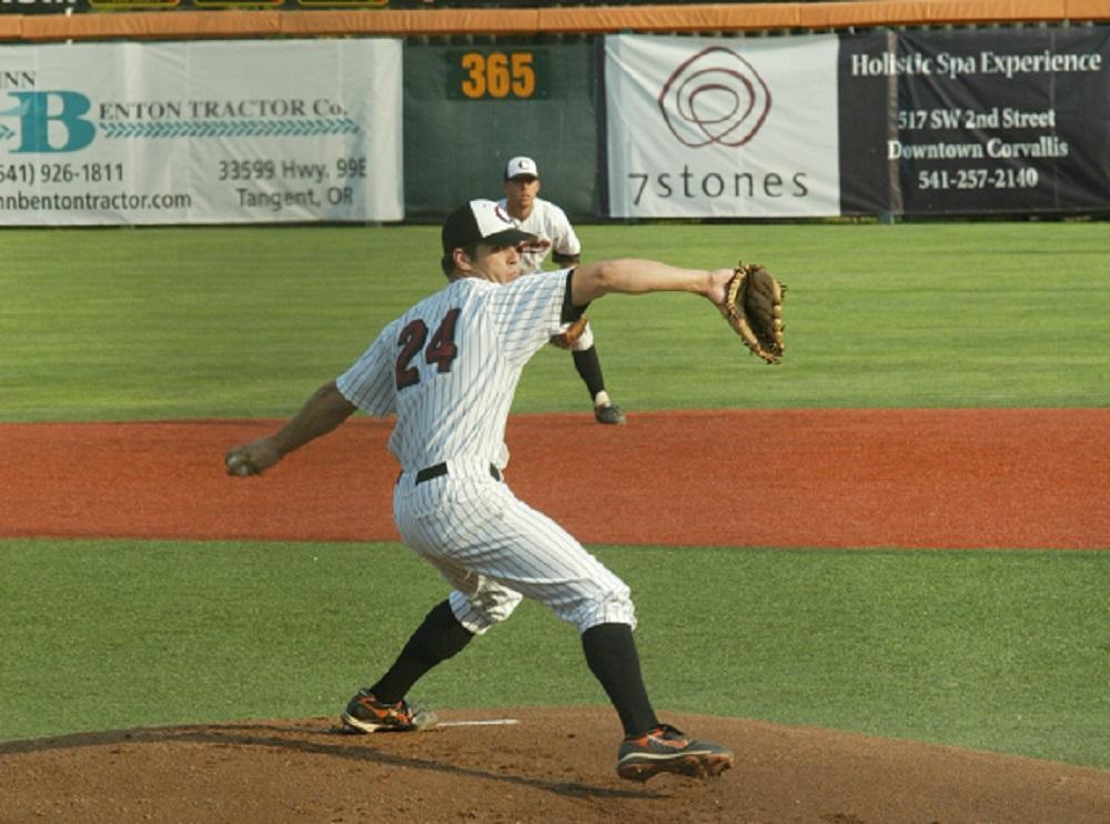 Brooks Hatch Blog: White Sox Sign Alum Josh Osich
