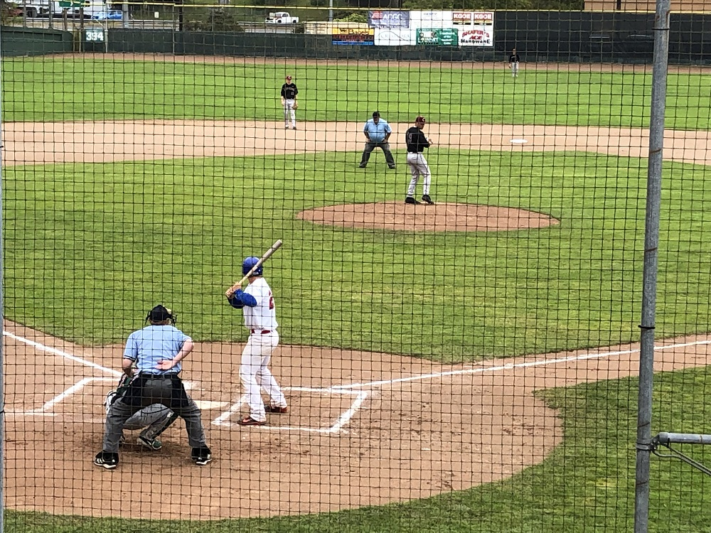 Corvallis Escapes With 2-1 Win; Sweeps Series With Crabs