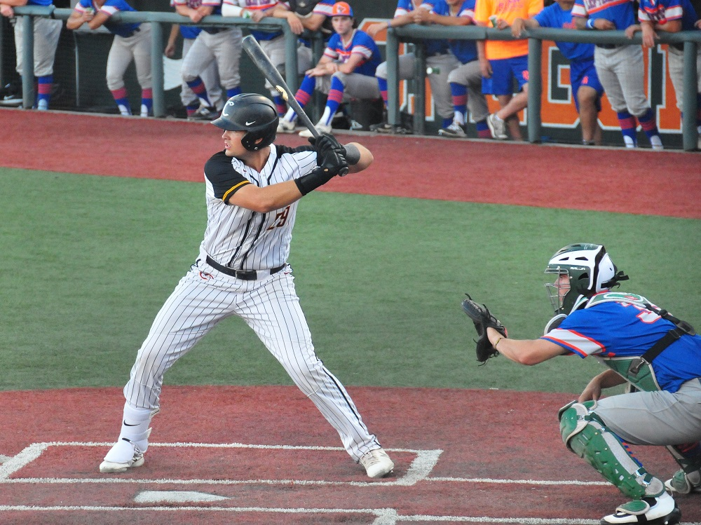 Knights Capture Home Series With 11-7 Win Over Black Bears